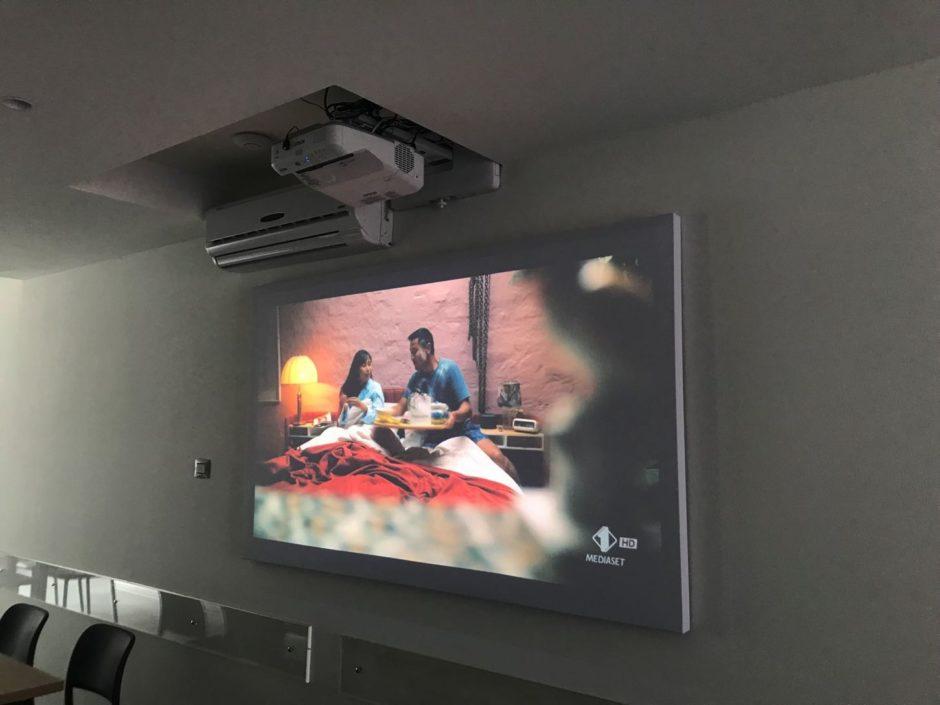 pannelli fonoassorbenti per videoproiezione